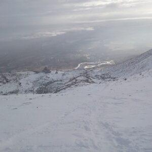 Pohľad zo sedla dole do Tatranskej lomnice