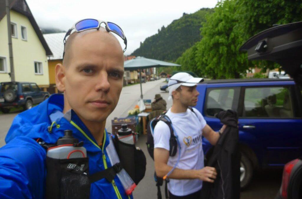 Prebeh Hrebenom Malej Fatry vo dvojici s Matom. 131km 8500+m, v dazdi, vetre, no so super pocitom. (16.-18.5.2014)